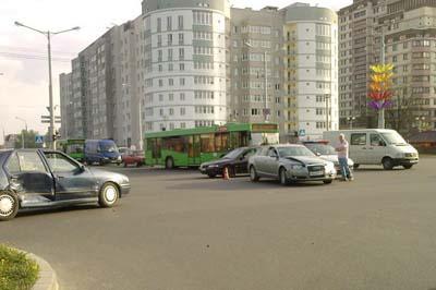 ДТП Минск (ФОТО). Информация Госавтоинспекции. Сводка за 12 мая 2011