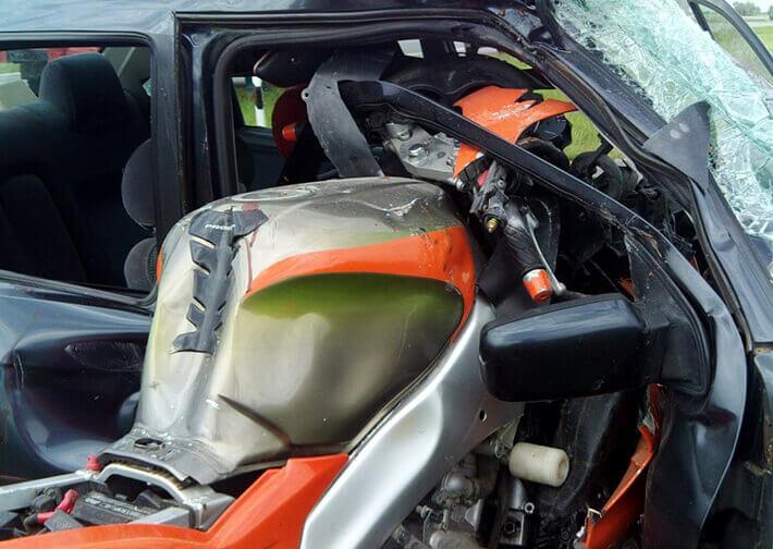 В Минском районе Yamaha врезался в Ford Sierra - мотоциклист погиб
