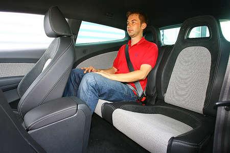 Задние сиденья в VW Scirocco