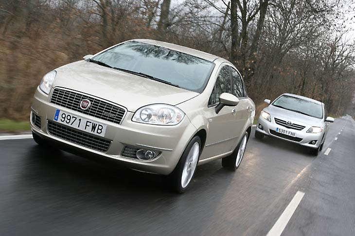 Сравнительный тест автомобилей Fiat Linea и Toyota Corolla