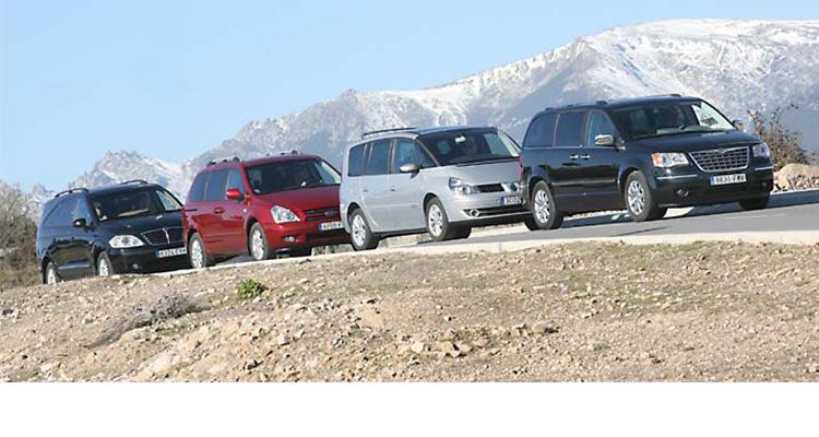 Сравнительный тест минивенов Renault Grand Espace, Chrysler Grand Voyager, Kia Carnival и SsangYong Rodius