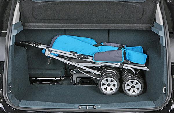 Багажное отделение Toyota Verso