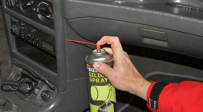 как избавиться от постукивания и поскрипывания в салоне авто
