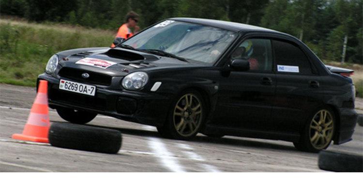 В Быхове прошли сразу две гонки: скоростное маневрирование и кольцевые гонки