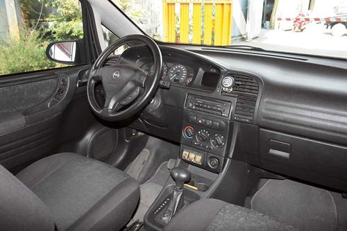 Opel zafira-