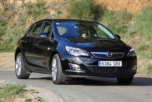 Сравнительный тест автомобилей Opel Astra, Peugeot 308 и Toyota Auris