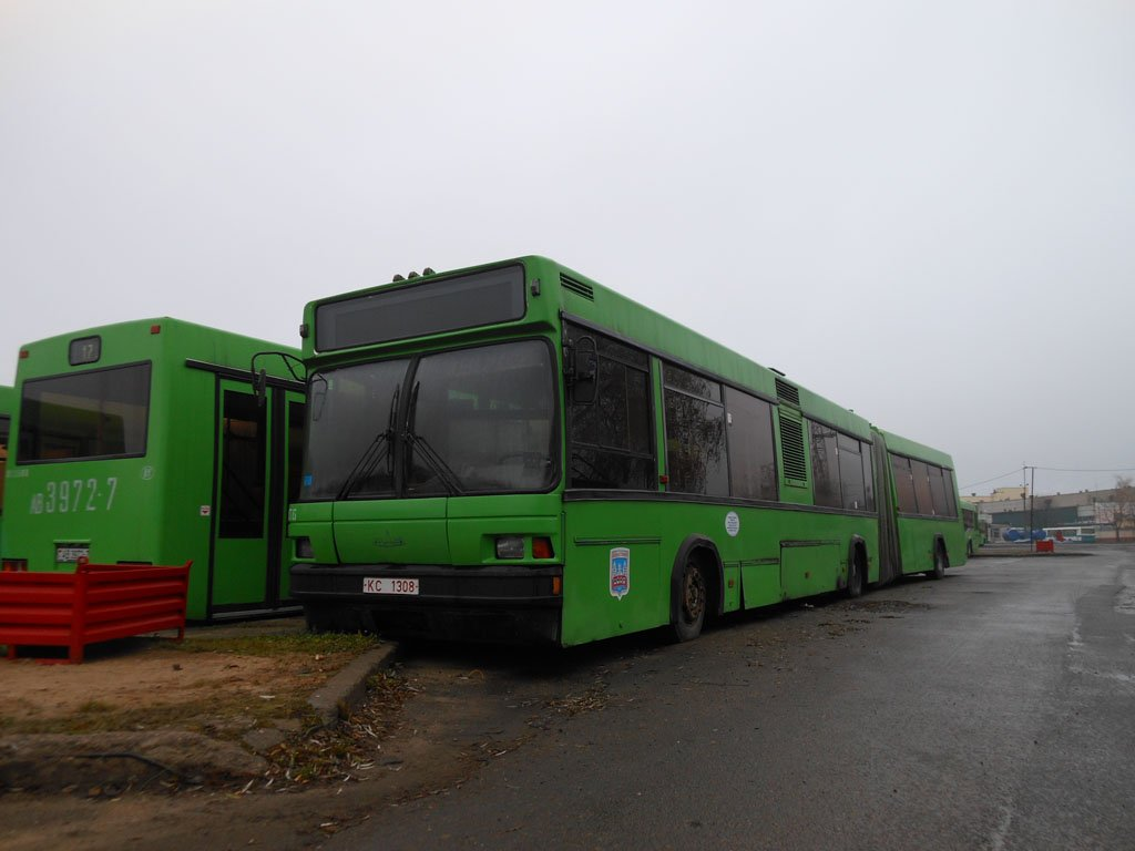 МАЗ-105