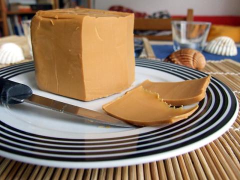 Сыр сорта бруност