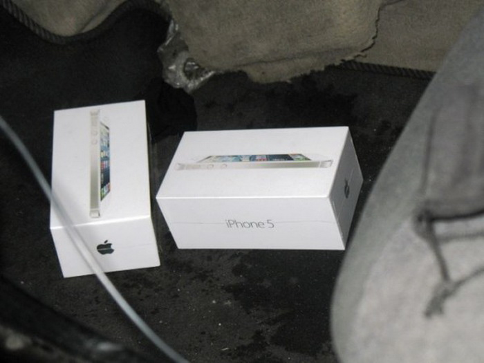 Брестские таможенники вспороли iPhone