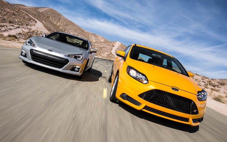 Сравнительный тест автомобилей Ford Focus ST и Subaru BRZ