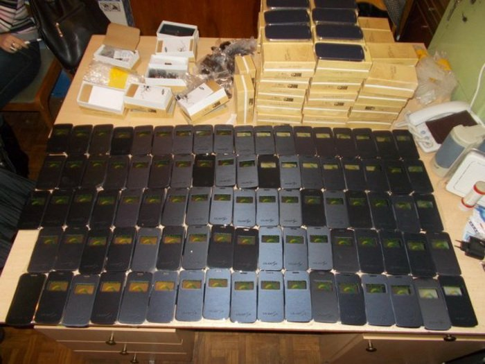 ГАИ задержала «Жигули» с «серыми» мобильниками