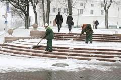 Бомжей привлекут к уборке снега на дорогах