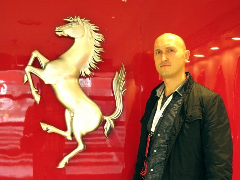 Кони преследовали членов нашей группы на протяжении всего времени посещения музея.