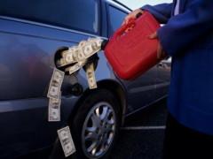 Беларусь обещает поставлять России в 2014 году до 110 тыс. бензина в месяц