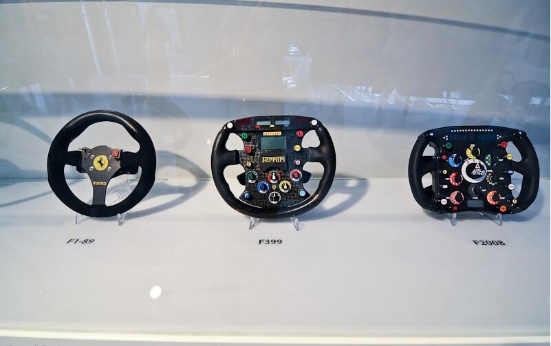 как сильно изменилось рулевое колесо..., даже скорее штурвал