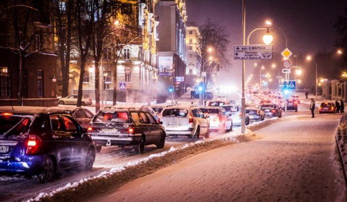 Пробки в Минске вечером в среду оценены девятью баллами