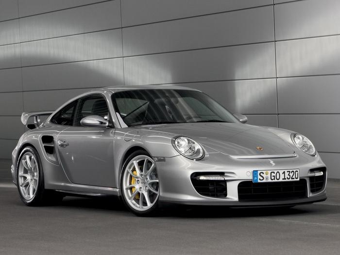 Porsche испытывает новую версию модели