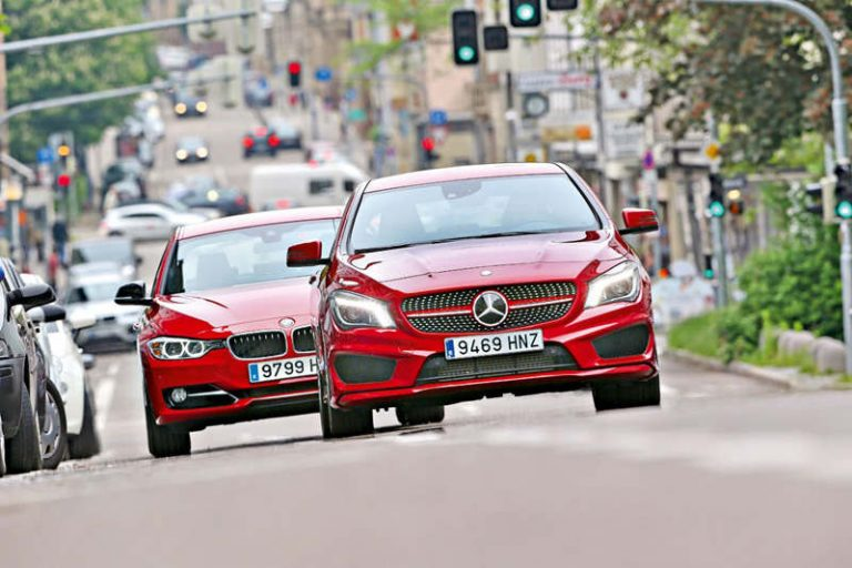 Сравнительный тест автомобилей Mercedes CLA и BMW 3-серии