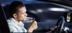 В Англии запретят курить водителям, если в салоне авто присутствуют дети