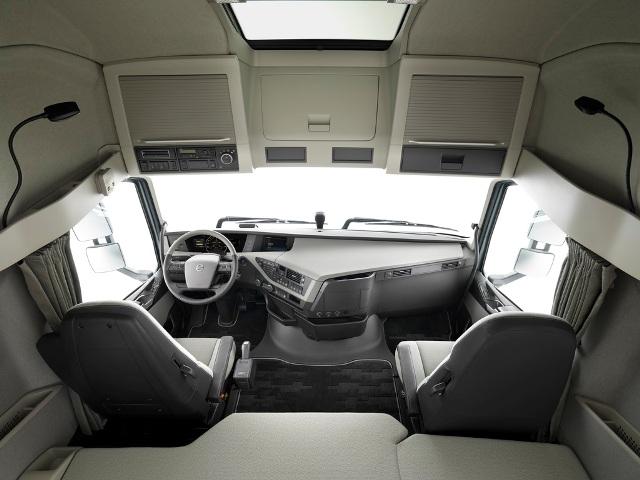 Интерьер нового Volvo FH.