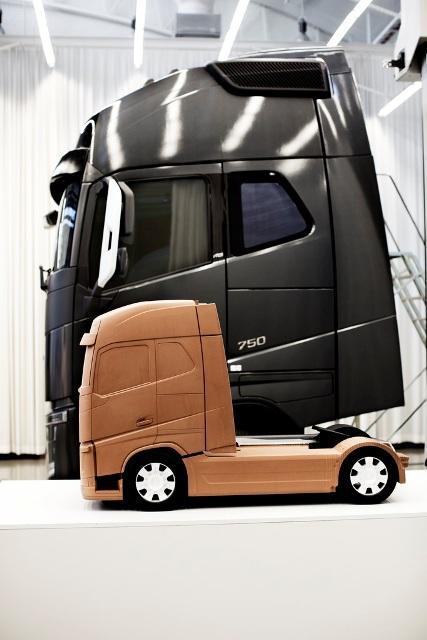 Глиняная модель нового Volvo FH.