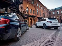 Богатые россияне будут платить за роскошные автомобили дополнительно