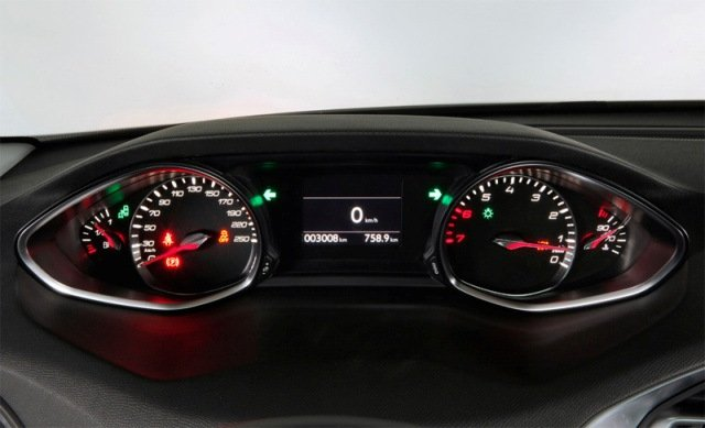 Сравнительный тест автомобилей Peugeot 308 и VW Golf