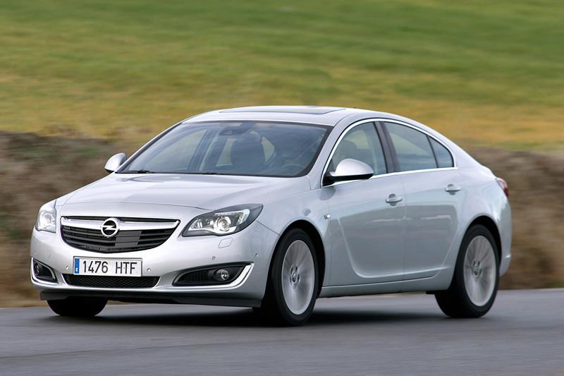 Сравнительный тест автомобилей Mazda 6 и Opel Insignia