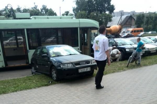 неуправляемый троллейбус в Могилеве