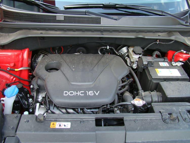 Бензиновый двигатель в тандеме с автоматической коробкой передач обеспечивает среднюю динамику