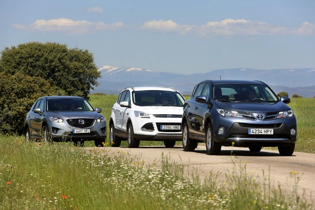 Ford Kuga, Mazda CX5 и Toyota Rav 4