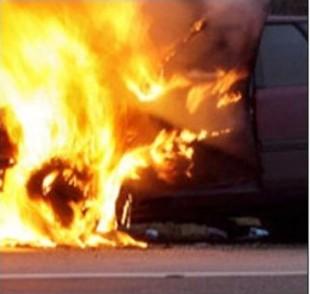 В Гомельской автомастерской сгорел новый Range Rover