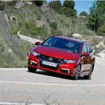 Honda Civic Tourer vs Toyota Auris Touring Sports