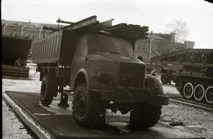 Носовой,понтон, шасси ГАЗ-63