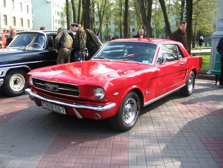 ретромашины, выставка, Ford-Mustang