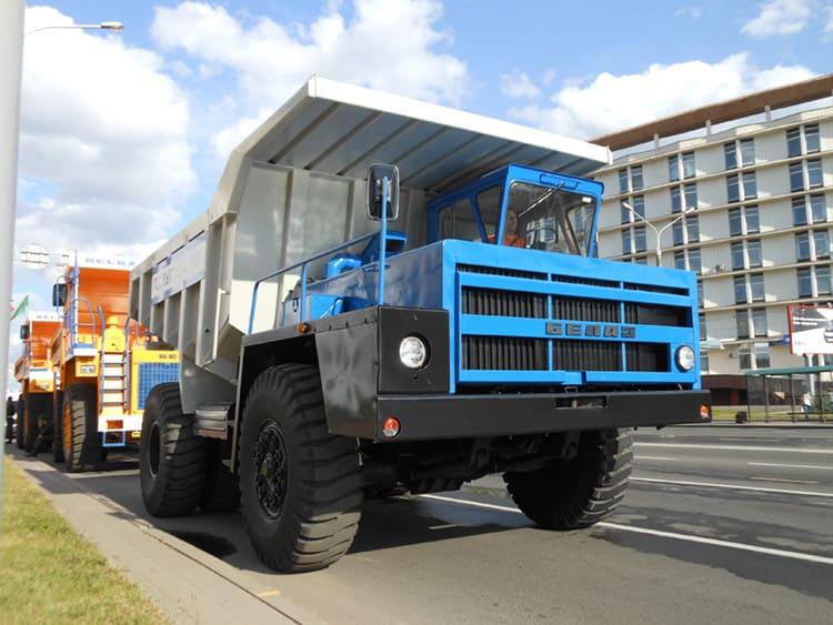 БелАЗ 540, автосамосвал