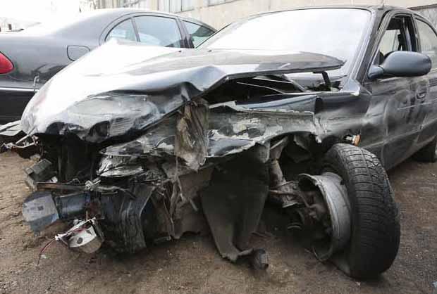 Авария на МКАД: водитель пропал, а машина - «в хлам»