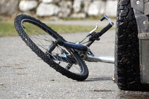 В Брестской области велосипедиста сбила Audi, а потом наехал МАЗ