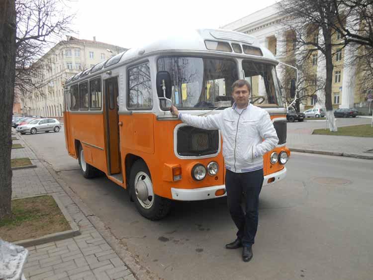 Автобус советского времени