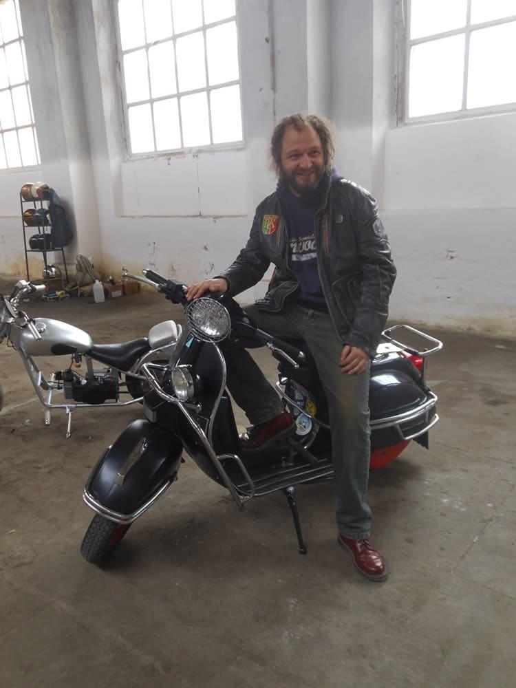 Константин Олейник из Минска