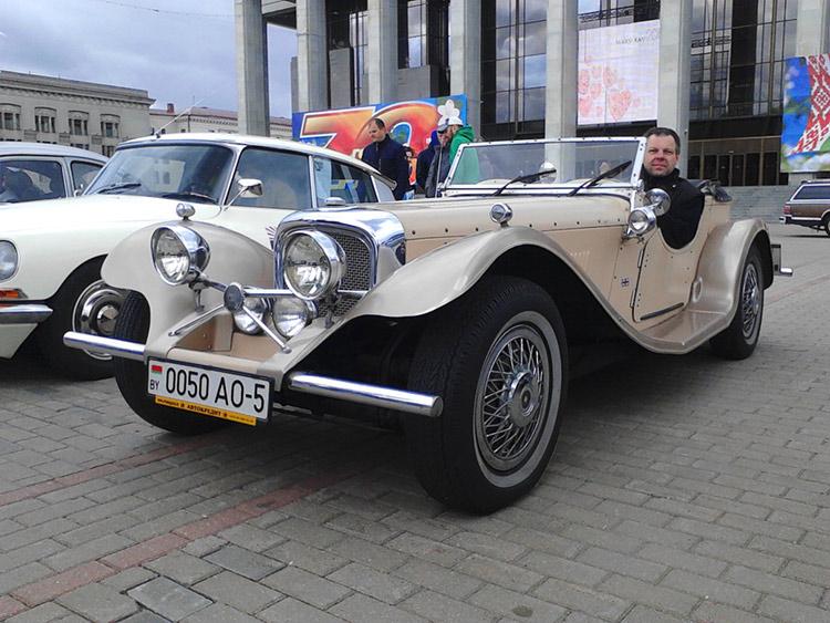 Олег Володькин и его репликар Jaguar 1969 г. в.