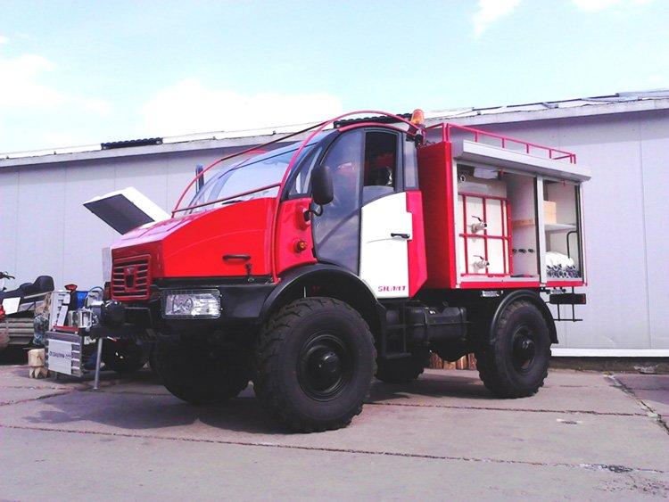 МАЗ-6312В9 предназначен для перевозки сортимента в составе автопоезда.  На выставке он был представлен совместно с двухосным прицепом МАЗ-837810