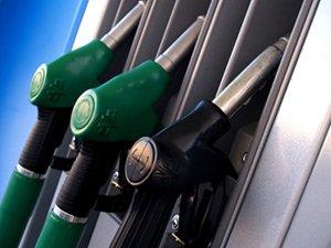Белорусские АЗС продолжают скидывать цены на топливо