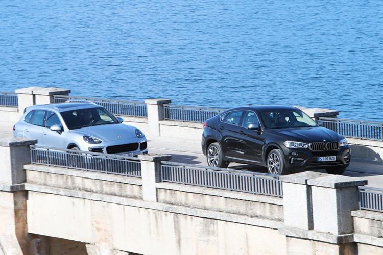 BMW X6 и Porsche Cayenne в битве за титул лучшего спорткроссовера