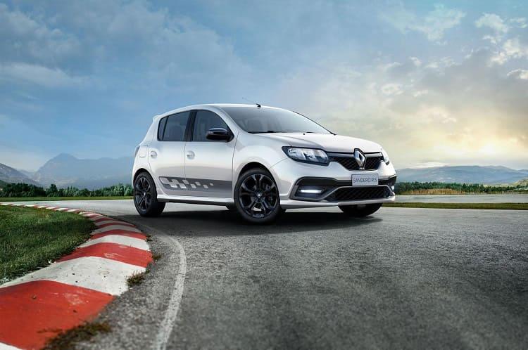 Renault Sandero обзавелся спортверсией