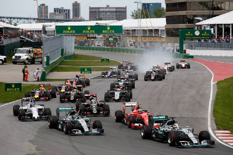 Старт Гран-при Канады-2015
