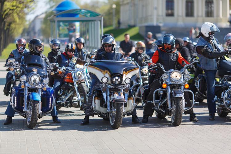 Масштабный праздник закрытия мотосезона пройдет возле Дворца спорта