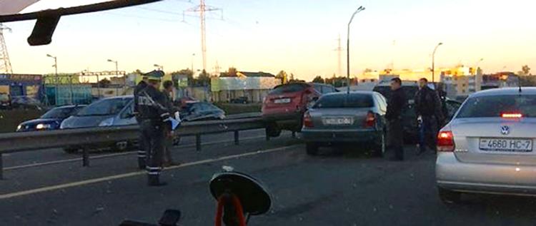 На МКАД из-за котят произошло ДТП с участием 4-х автомобилей