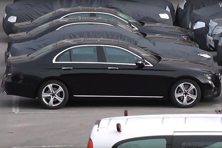 Новый Mercedes E-класса дебютирует через два месяца