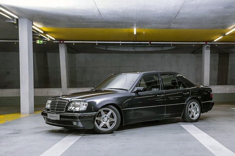 Музей Mercedes продает часть коллекции